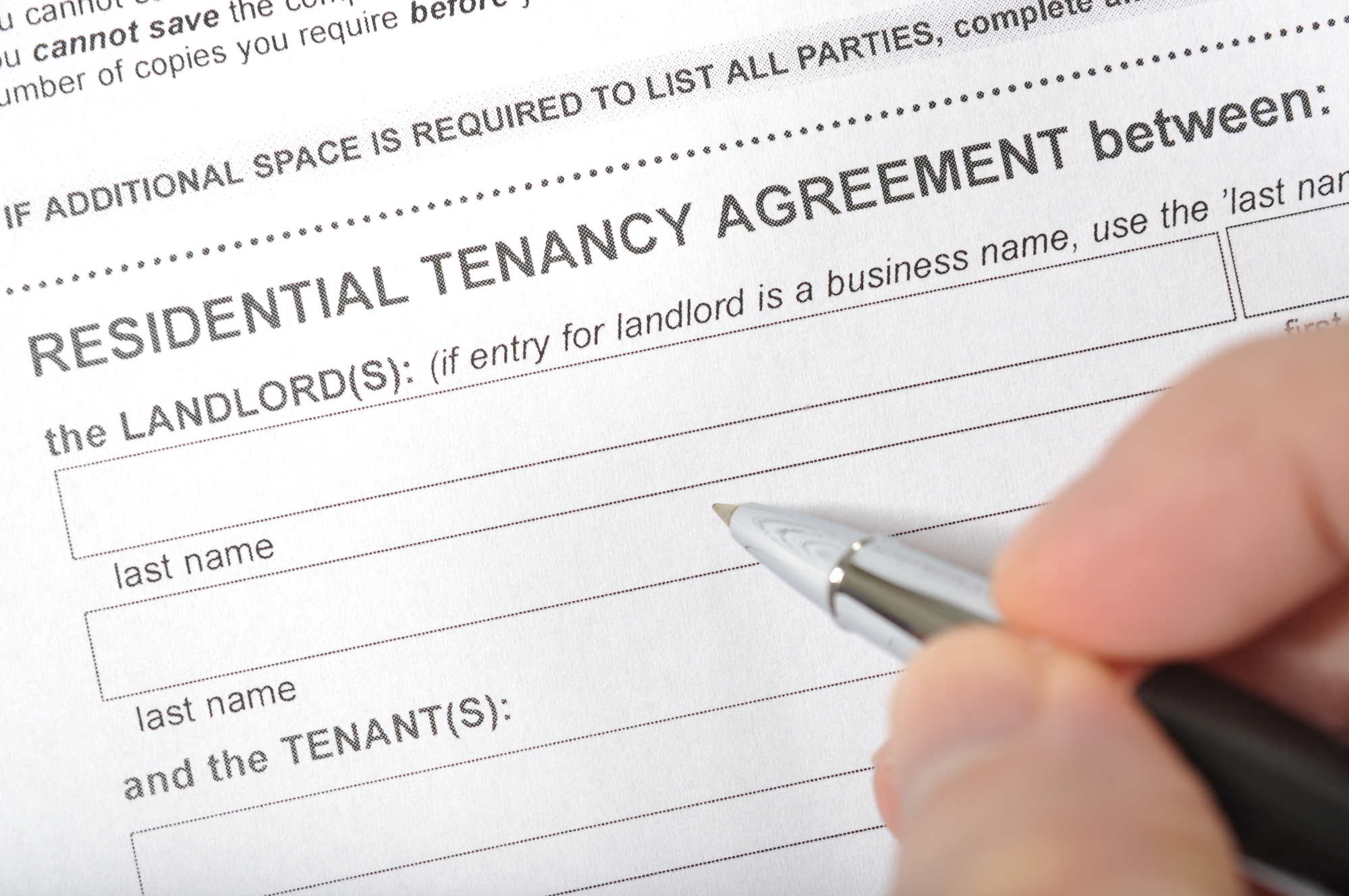 Signing a rental contract