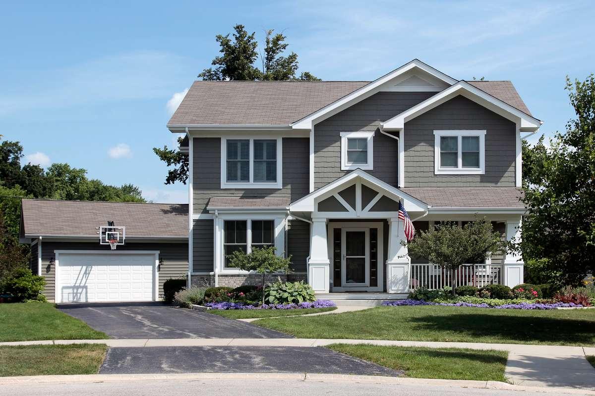 Defining Bellevue Rental Property Goals: Cash Flow vs. Appreciation